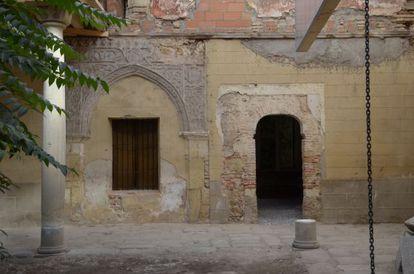 Restos de yeserías en el palacio de San Martín, en Segovia.