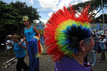 Mujeres participan de una marcha para exigir la despenalización del aborto terapéutico, el pasado 28 de septiembre.