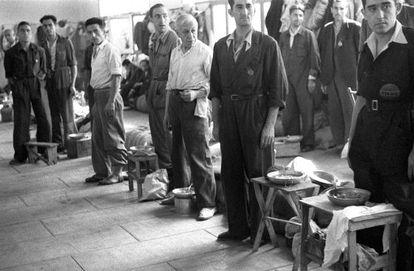Fiesta de la Merced en la cárcel de Porlier, el 28 de septiembre de 1940.