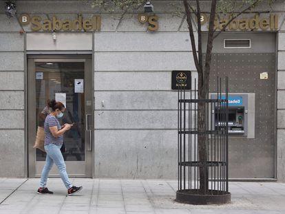 Oficina de Banco Sabadell en Madrid.