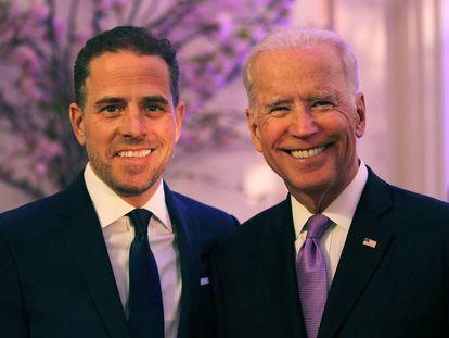 Hunter Biden con su padre, Joe Biden, en abril de 2016 en Washington.