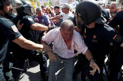Momento de la protesta de pensionistas