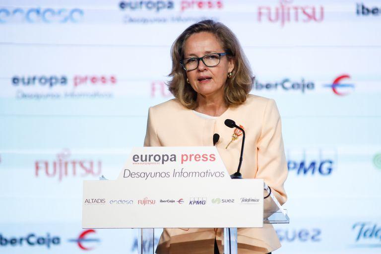 La vicepresidenta Nadia Calviño, durante su intervención en el desayuno de Europa Press.