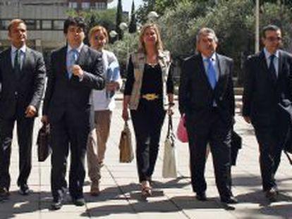 Nueve de los 11 consejeros de Economía del PP, a su llegada el miércoles al Consejo de Política Fiscal y Financiera.