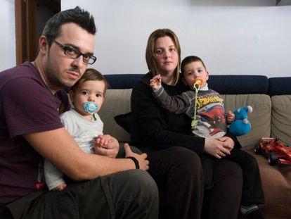 La familia de Cristina Pozo, a la que se requiere el pago del impuesto de plusvalías.
