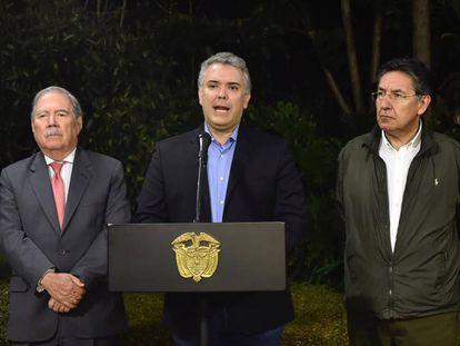 El presidente Iván Duque anuncia la muerte de 'Guacho'.