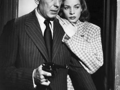 Humphrey Bogart y Lauren Bacall, en una escena de la película 'El sueño eterno' (1946).