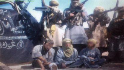 Imagen de la prueba de vida enviada por los terroristas en diciembre.
