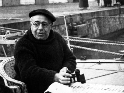 Manuel Azaña en el barco prisión Sánchez Barcaiztegui en Barcelona, en noviembre de 1934.
