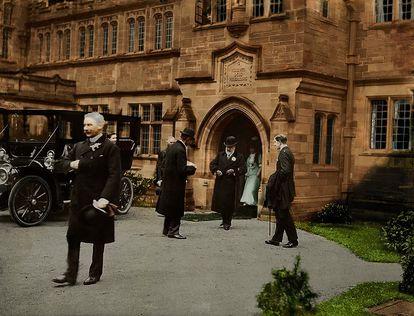 El rey Eduardo VII y la reina Alejandra visitaron el nuevo edificio de la biblioteca después de su apertura en 1902. |