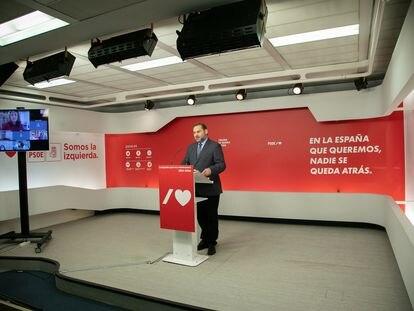 José Luis Ábalos, ministro de Transportes, Movilidad y Agenda Urbana, este lunes en la sede del PSOE en Madrid.