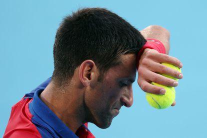 Djokovic, durante el partido de octavos contra Davidovich en el Ariake Tennis Park.