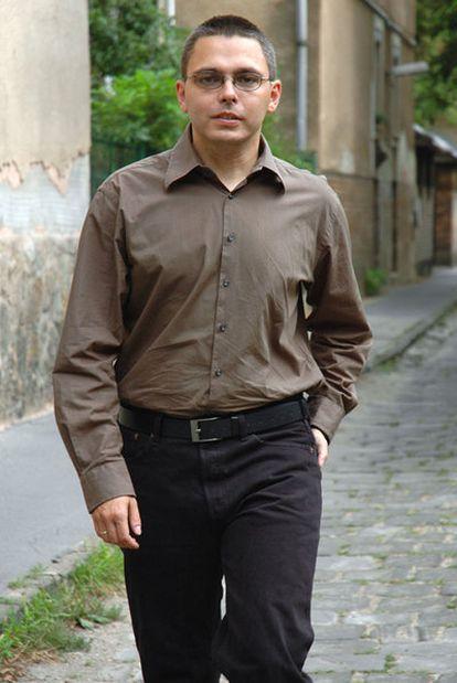 El escritor húngaro György Dragoman.
