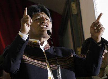 El presidente de Bolivia, Evo Morales, durante su discurso en el balcón del palacio presidencial de La Paz.
