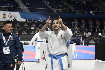 El seleccionador Jesús del Moral (I) junto a Damián Quitero durante las rondas eliminatorias.