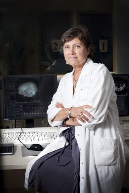 Rosa Dinarès, radióloga y egiptóloga del Hospital General de Cataluña.