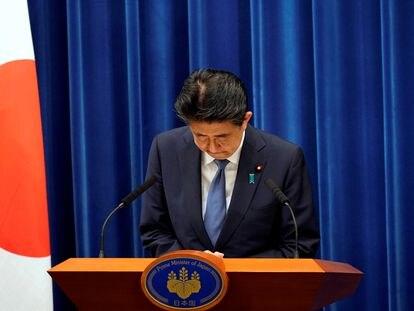 Shinzo Abe se despide durante su última rueda de prensa como primer ministro, el 28 de agosto en Tokio