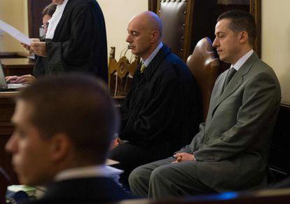 El mayordomo del Papa, a la derecha, en el juicio en El Vaticano, en septiembre.