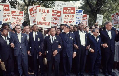 Varios líderes de la manifestación en Washington en 1963. Martin Luther King es el cuarto desde la izquierda.