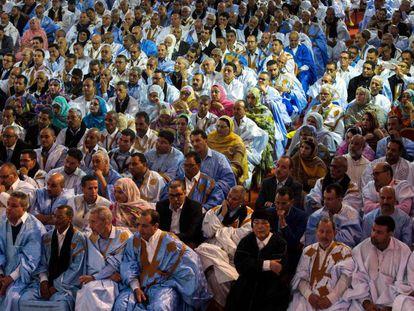 Políticos marroquíes este lunes en El Aaiún.