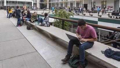 Alumnos en la Universidad Pompeu Fabra de Barcelona