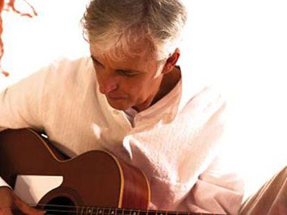 Kiko Veneno, a la guitarra.