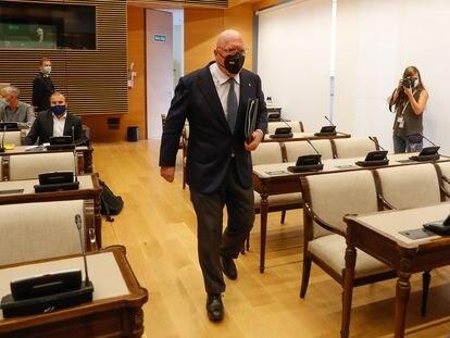 Jose Manuel Villarejo, a su llegada a la comisión parlamentaria del Congreso, este miércoles.