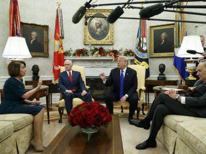 El presidente amenaza con un cierre de la Administración por falta de fondos si no se aprueba una partida para el muro en la frontera de México