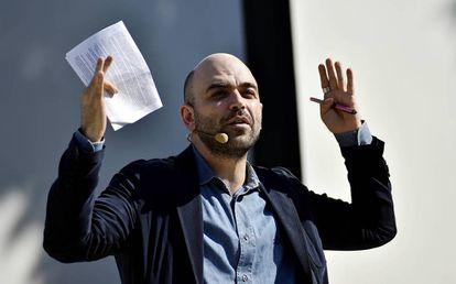 El escritor y periodista Roberto Saviano.