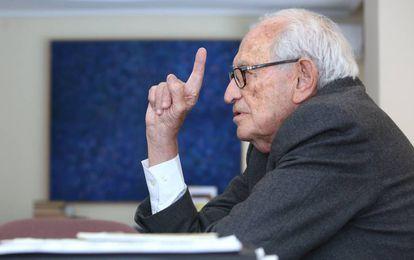 Aristóbulo de Juan, consultor y exdirector general del Banco Popular y del Banco de España.