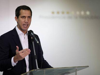 Juan Guaidó, este domingo durante una rueda de prensa en Caracas.