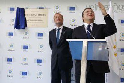 Durao Barroso y Antonio Campino en la OAMI.