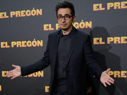 Berto Romero, hecho un pincel, el pasado 16 de marzo durante el estreno en Madrid de 'El Pregón'.