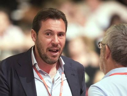 FOTO: Óscar Puente, nuevo portavoz del PSOE y alcalde de Valladolid, este sábado en el 39º Congreso Nacional de los socialistas. / VÍDEO: Declaraciones de Cristina Narbona sobre Susana Díaz.