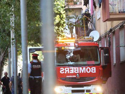 Dos menores mueren en un incendio en Barcelona.