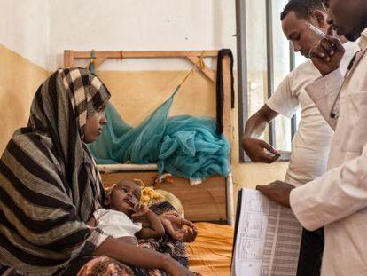 Sala de maternidad en el centro de salud de Dolo Ado, Etiopía.