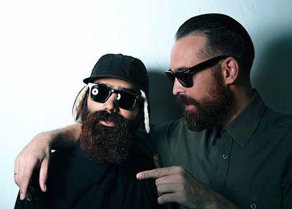 Una imagen de las 'Dictators Sunglasses' inspiradas en Castro.