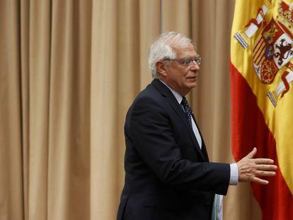 El Ministro de Asuntos Exteriores Josep Borrell asiste a una Comisión de Asuntos Exteriores en el Parlamento.