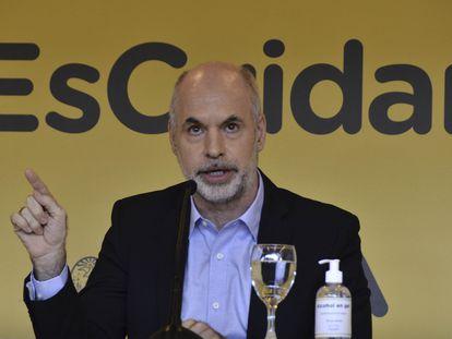 El jefe del Gobierno de Buenos Aires, Horacio Rodríguez Larreta, habla durante una rueda de prensa celebrada el 15 de abril pasado.