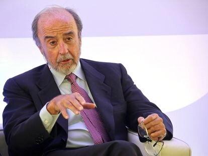 Juan Arena, expresidente de Bankinter, en una mesa redonda, en 2015.