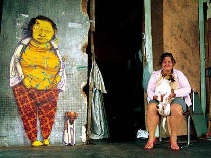 Grafiti de los artistas urbanos Os Gemeos de São Paulo, que exponen en la galería Pilar Parra & Romero (Conde de Aranda, 2, Madrid).