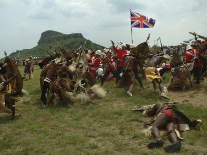 Recreación de la batalla de Isandlwana, entre británicos y zulúes.