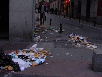 """""""Hay sitios en los que no se puede caminar por la basura"""""""