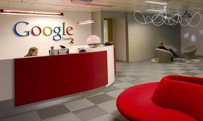 Entrada a las oficinas de Google en España.