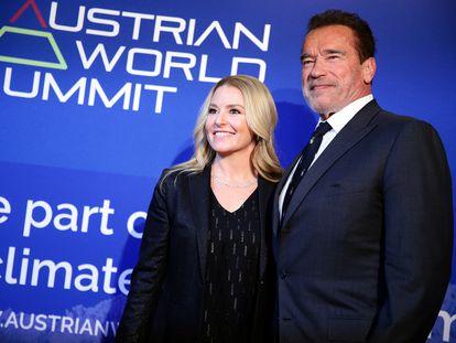 El actor Arnold Schwarzenegger y su pareja Heather Milligan, en Austria el pasado enero.