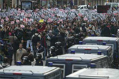 Concentración ante la sede del PP en Madrid el sábado 13 de marzo a las seis de la tarde.