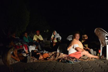 Vecinos de la ciudad de Nagarote pasan la noche en la calle por temor a nuevas réplicas.