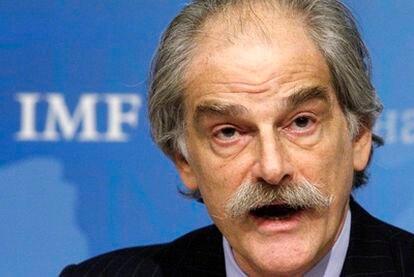 John Lipsky, el <i>número dos</i> del FMI toma de momento las riedas del organismo tras la detención de Strauss-Kahn.