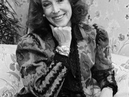 Helen Gurley Brown posa durante una entrevista en 1982.