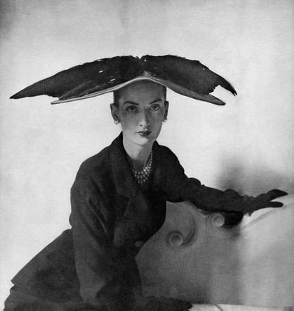 Fotografía de 'Vogue' de un diseño Cristóbal Balenciaga de 1948.